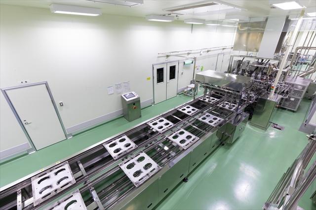 最新鋭の機械を導入した製造ライン